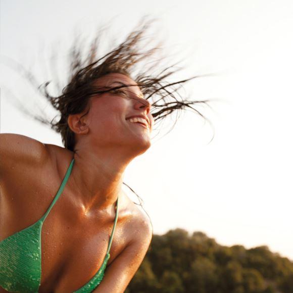 Sole, mare e divertimento con Mondovela.