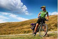 Immagine di In bici sotto il sole della Toscana