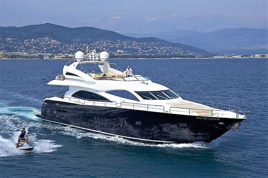Immagine di Live the Moment | Luxury motor yacht | crociera in yacht | Mediterraneo