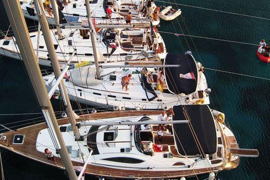 Crociera barca a vela  alle Cicladi Grecia Agosto