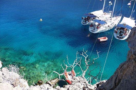 Vacanza in Flottiglia Cicladi Occidentali e Golf del Saronico con Mondovela