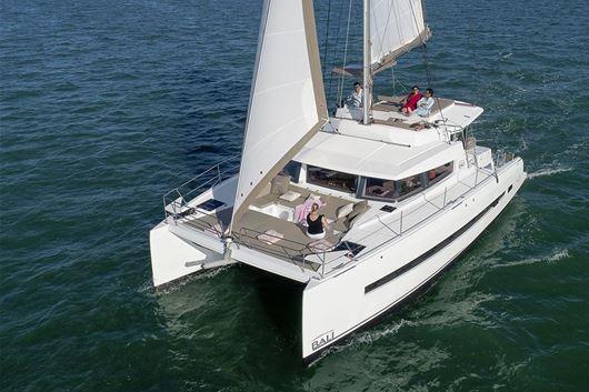Bali 4.3 | Luxury Sailing Yacht | Crociera In Catamarano | Lazio