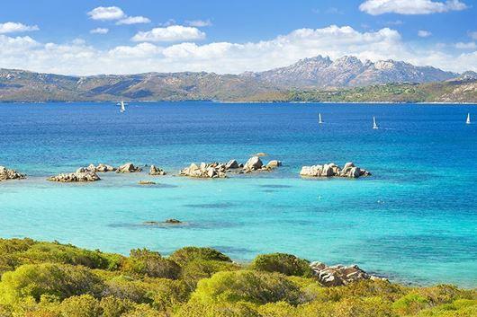 Sardegna | Sun Odyssey 52.2 | Crociera A Vela Cabin